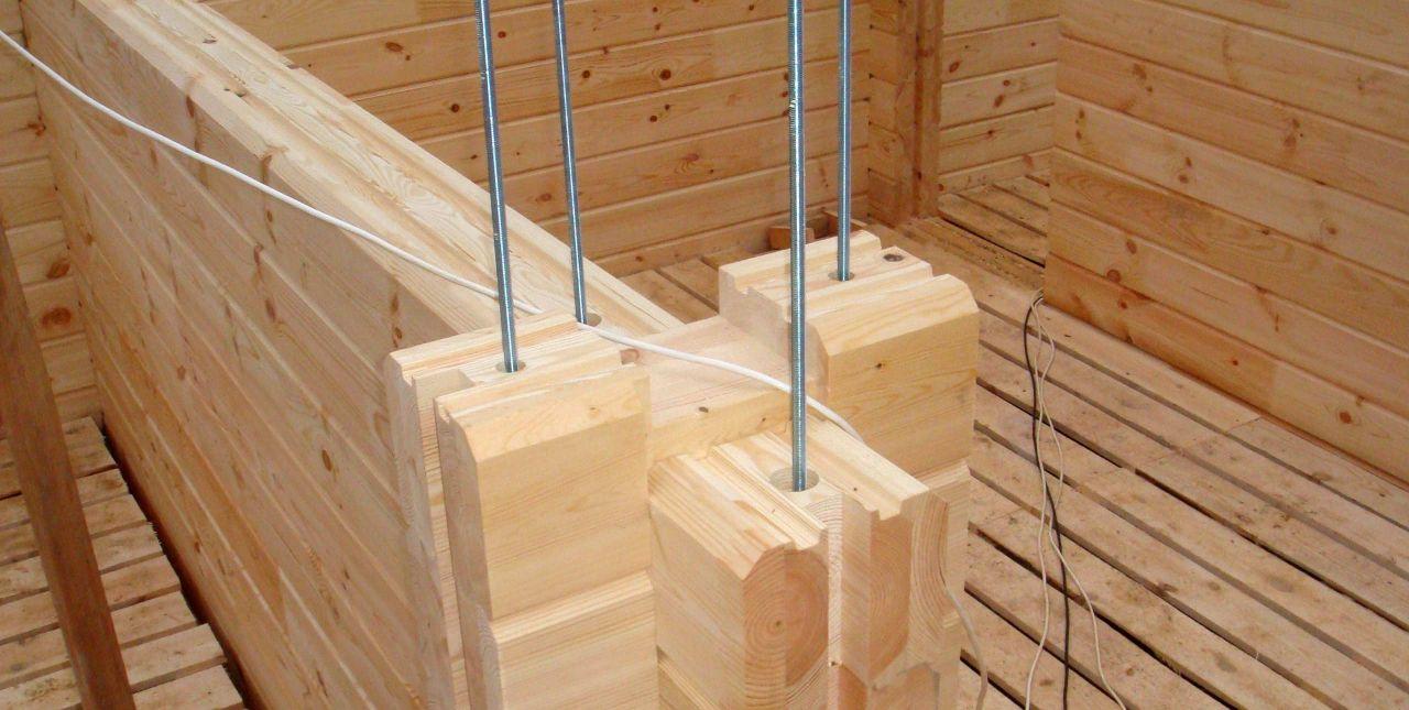 Перегородки из бруса в деревянном доме